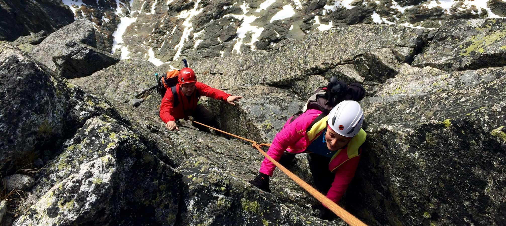Lomnický stit s horským vodcom